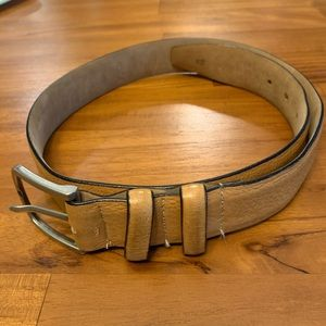 Accessories - Small tan leather belt